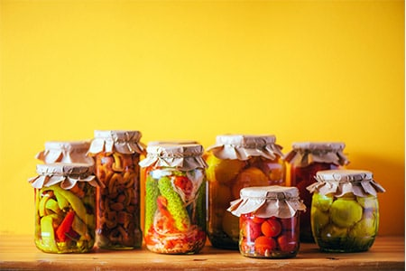 Portfolios_0000_preserved-and-fermented-food-in-glass-jars-ferment-6YMA5XS.jpg
