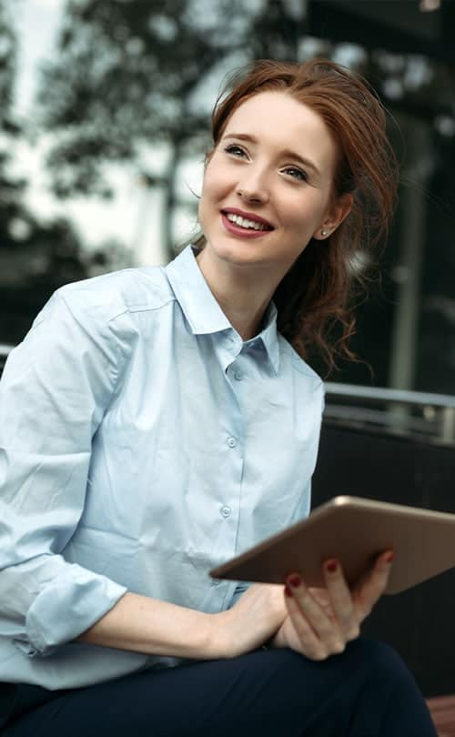 Team-Ponyo_0005_portrait-of-a-successful-business-woman-smiling-Q7LG5HA.jpg